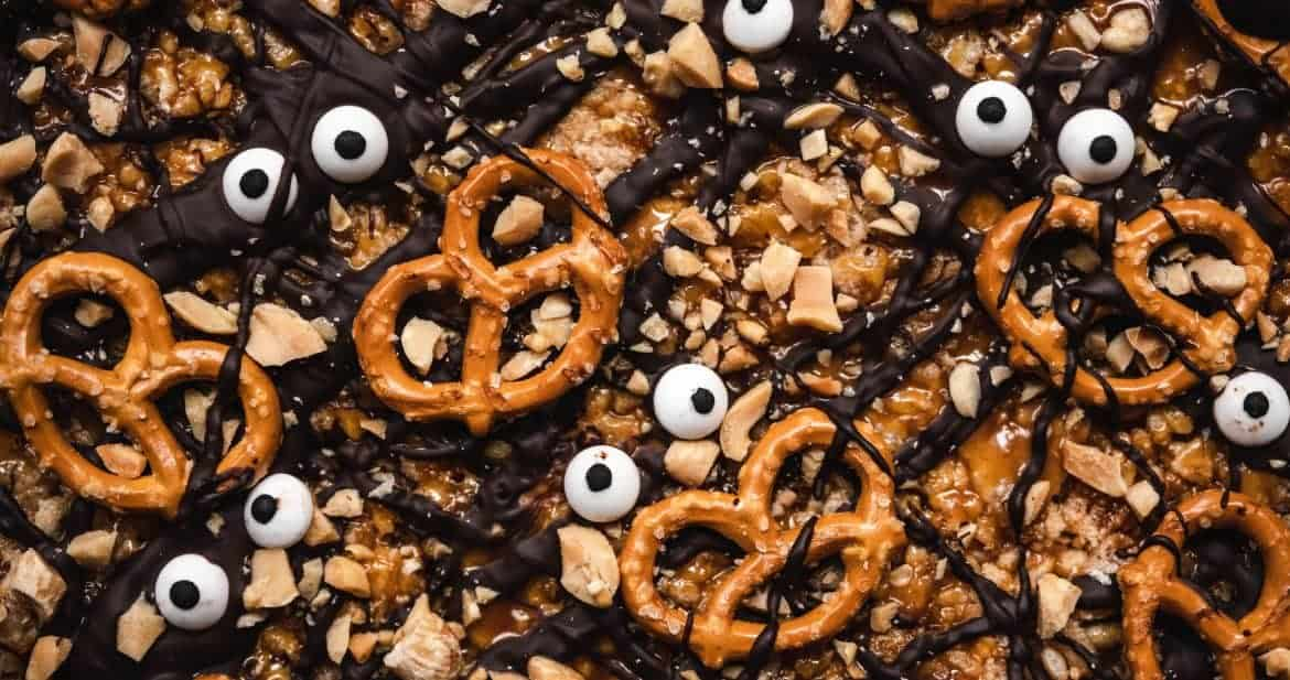 close up overhead of halloween chocolate peanut butter vegan rice krispie treats