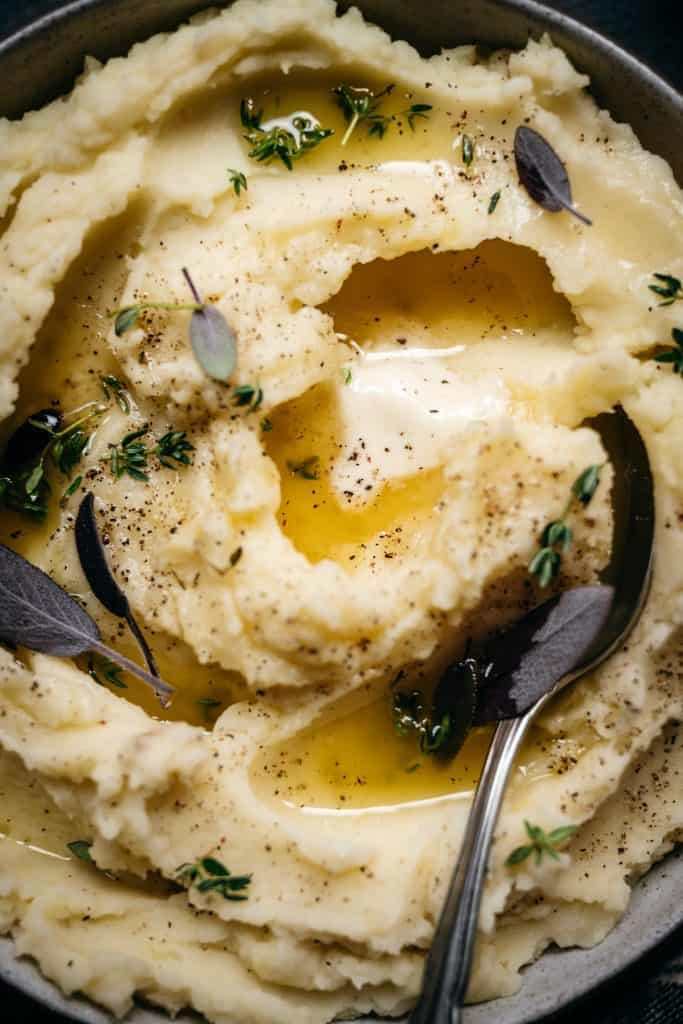close up macro photography of vegan mashed potatoes