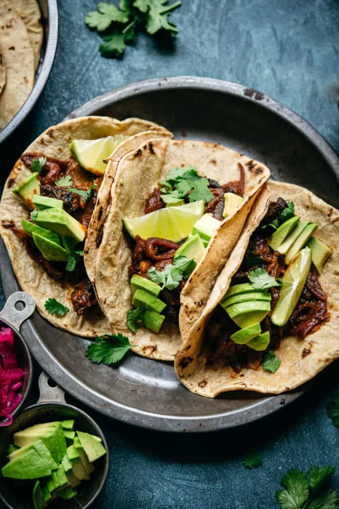 close up overhead of al pastor vegan mushroom tacos