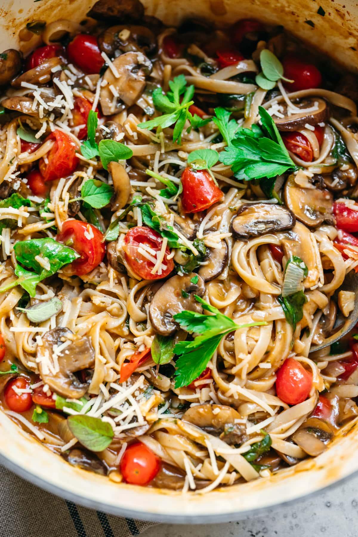 close up view of one pot vegan pasta in a large pot.